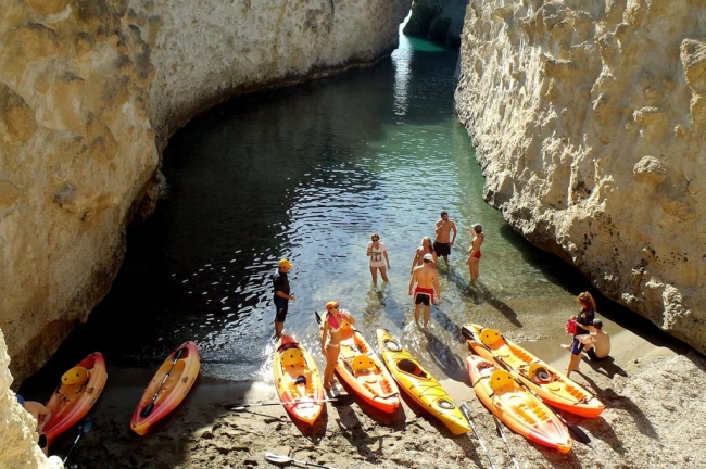 Kayaking in the cave of Papafragas